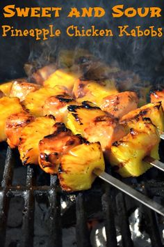 Sweet and sour pineapple chicken kabobs chicken comidas con pollo, pinchos Grilling Recipes, Cooking Recipes, Healthy Recipes, Kabob Recipes, Grilling Ideas, Pineapple Chicken Kabobs, Pineapple On The Grill, The Fresh, I Love Food