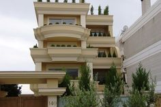 Τετραώροφη πολυκατοικία στη Βούλα   vasdekis