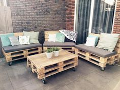 Palette wood is a used wood that can be recycled. Besides being easy to make it as a particular decoration, wooden pallets can also be made as home furniture. Maybe you don't believe in this one idea, because usually the used wood pallet will be. Wooden Pallet Coffee Table, Diy Pallet Sofa, Pallet Patio, Outdoor Coffee Tables, Outdoor Pallet Projects, Pallet Walls, Wood Patio Chairs, Wood Patio Furniture, Diy Pallet Furniture