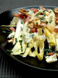 Endive salad with bacon and pears - SALADES - Salad Recipes Healthy Easy Cooking, Cooking Recipes, Quinoa Benefits, How To Cook Quinoa, Healthy Salad Recipes, Macaroni And Cheese, Ethnic Recipes, Food, Salads