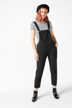 A denim treat from paradise, these perfect dungarees play well with tees, jumpers and even a cute pussy bow blouse.