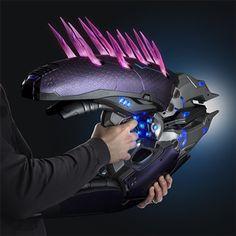 Halo Limited Edition Needler Replica | ThinkGeek