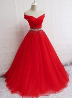 Beautiful Red Tulle Sweetheart Off Shoulder Ball Gowns, Pretty Formal Gowns, Sweet 16 Dresses Source by mayer_fe More from my siteCharming Purple Sweetheart Ball Gown Beadings Quince Dresses Pretty Prom Dresses, Blue Evening Dresses, Prom Dresses 2018, Tulle Prom Dress, Elegant Dresses, Cute Dresses, Red Quinceanera Dresses, Beautiful Red Dresses, Wedding Dresses