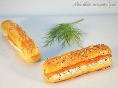 Je vous propose aujourd'hui cette recette de mini-éclairs au saumon fumé, ces éclairs salés sont parfaits pour les fêtes ou un apéritif très chic …    Recettes similaires :Mini blinis au saumon {fromage frais, aneth & citron}Pop-corn au piment d'Espelette et brebisBricks chèvre-mielTartine de carpaccio de St-Jacques au basilicPop-corn P.O.P {Parmesan-Origan-Paprika}Raisin caramélisé etLa recette...