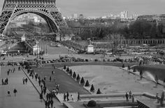 Life goes on under La Tour Eiffel Cities, Whatever Forever, Photographer Wanted, Modern City, Historical Architecture, Life Goes On, Most Visited, Tour Eiffel, Travel Essentials