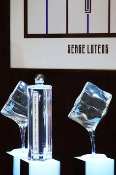 Serge Lutens L'Eau Froide - Window display Palais Royal Paris