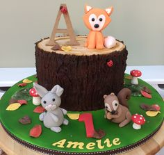 Woodland 1st birthday cake Lane Cake, Woodland Fairy, Party Themes, Birthday Cake, Cakes, Desserts, Recipes, Food, Tailgate Desserts