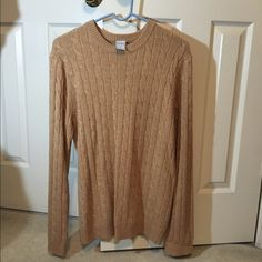 Tan cable knit sweater Tan/Beige cable knit sweater, very warm and comfy Old Navy Sweaters Crew & Scoop Necks