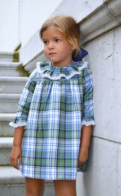 feminine plaid. #girls #fashion http://www.misnis.com/