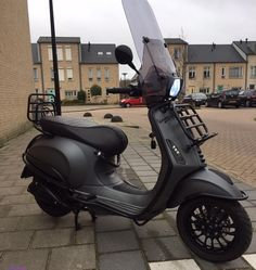 A Vespa is a relatively straightforward vehicle. Vespa is among the well-known brands of the planet and has been a favourite selection of people Vespa Gts, Vespa Sprint, Lambretta, Piaggio Vespa, Vespa Motorcycle, Motorcycle Design, Motor Scooters, Vespa Scooters, Yamaha Scooter