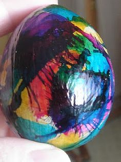 How to decorate paper mache Easter eggs