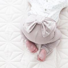 "@siljesvindlandhenriksen en Instagram: ""Så glad i denne stumpen #babygirl #littleprincess #dyrebar #leggings #somuchlove"""