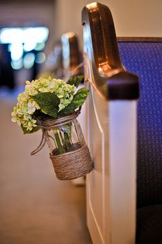 aisle decor.. not with all the twine, and with blue bason jars.. but so easy and doesn't obstruct the aisle!!