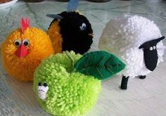yarn crafts for kids.so that is what I do with the pom pom maker after Nativ James wedding :) Yarn Crafts For Kids, Crafts To Make, Arts And Crafts, Sheep Crafts, Yarn Animals, Pom Pom Animals, Pom Pom Crafts, Yarn Projects, Animal Crafts