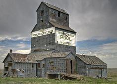 Abandoned Grain Elevator at Fusilier, Saskatchewan.