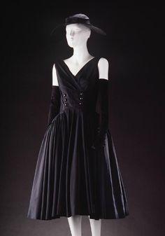 Black silk evening dress, Jacques Fath for Joseph Halpert, 1950's.
