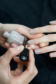 Chanel's nail polish for aw2011; what a pretty light grey!