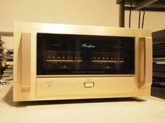 Accuphase P-7000 Stereo Power Amplifier