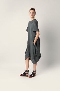 Short sleeve maxi dress Malloni made of stretch cotton jersey. Wide fit, slightly longer at the back, round neckline.