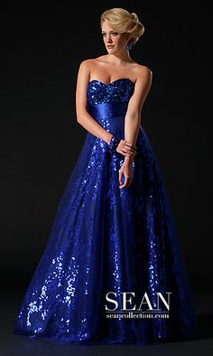Shop long formal dresses and formal dance dresses at PromGirl. Floor-length formal gowns, simple prom dresses for formals, formal evening dresses, and long party dresses for formal dances. Grad Dresses Long, Pageant Dresses, Homecoming Dresses, Strapless Dress Formal, Evening Dresses, Formal Dresses, Ball Dresses, Formal Wear, Sparkly Gown
