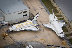 /by Scriptunas Images #flickr #KSC #space #shuttle #Discovery #Atlantis