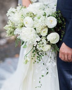 Wedding Flower Arrangements A Romantic, Italian-Inspired Wedding in Roche Harbor, Washington Neutral Wedding Flowers, White Wedding Bouquets, Wedding Flower Arrangements, Bride Bouquets, Wedding Centerpieces, Peonies Bouquet, Pink Bouquet, Ranunculus, Wedding Costs