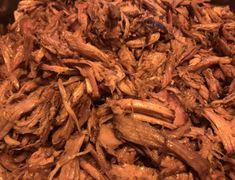 Lekker draadjesvlees recept van oma. – Aalvink Cole Slaw, Healthy Slow Cooker, Beef Steak, Pulled Pork, Bbq, Stuffed Mushrooms, Healthy Recipes, Meat, Vegetables