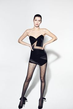BELLA HADID - ALEXANDRE VAUTHIER FW 17/18 Ready to Wear