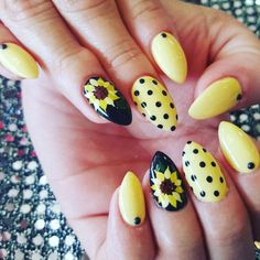 Sunflower Nail Art Designs, Ideas Design Trends – Premium nail ideas sunflow… - All For Hair Color Trending Bright Nail Art, White Nail Art, Bright Colored Nails, Spring Nail Art, Spring Nails, Nail Art Designs, Bright Nail Designs, Sunflower Nail Art, Cute Summer Nails
