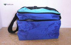 Geleira/Lancheira, NOVA Geleira/Lancheira, para transporte de alimentos, para levar para o campo, praia ou viagem. Tem duas divisões, uma grande e uma pequena e bolsas para guardar os talher...