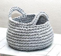 Deko-Objekte - nuts light grey - ein Designerstück von mdohmes bei DaWanda