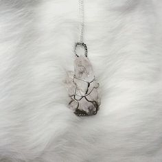 Verevka is a beautiful cluster of clear Tibetan quartz points.  Verevka is available for just 10 Click the link in the bio!  #necklace #jewellery #rawcrystal #crystals #gems #quartz #gothic #goth #girl #alternative #fashion #womensfashion #wirewrapped #handmade #softgrunge #grunge #style #reiki #crystalhealing #spiritual #natural #stones #pagan #silver #cute #instamood #picoftheday #instagood #instadaily #smile