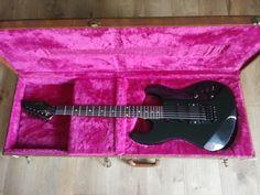 Gibson Wayne Charvelle #55 Electric Guitar w/ Case USA vintage1987