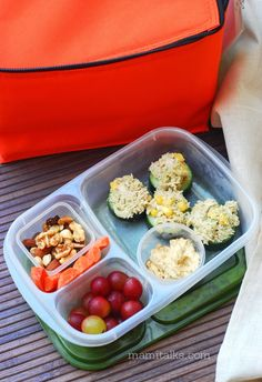 TONS of easy to packed lunches for school and work!   with @EasyLunchboxes and @Momables