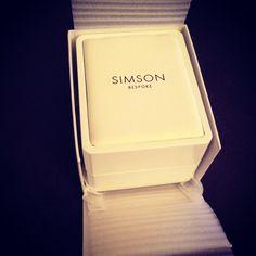Luxury jewellery packaging by simsonbespoke.com