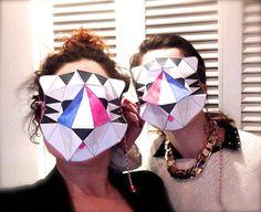 Cécile & Elodie font Mardi Gras avec @Tamsin W  Personnalisation by Francie design !  #mardigras #masque #papiertigre