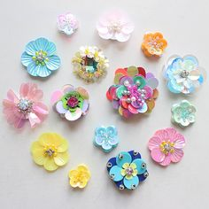 Lot 10 Random Stereo Beaded cloth stickers DIY garment accessories decorative Sequin cloth Sunflower Flowers wholesale