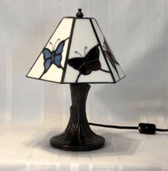BUTTERFLY TABLE LAMP by StainedGlassandPens