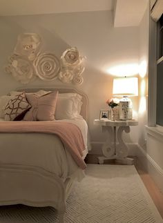 Spring blush tones, side table and lamp from Homegoods help create a cozy atmosphere in my daughter's new beautiful bedroom. (Sponsored)