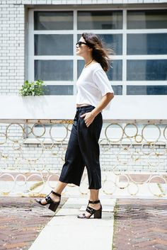 Cropped tee + cropped pants (today on chicityfashion.com)