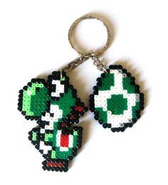 Yoshi & Egg, Super Mario Bros Sprites, keychain, brooch, magnet, big sprite... / Yoshi y huevo sprite, llavero,broche imán, spriteXL... #videogames #videojuegos #Nintendo #Luigi  #otaku #gamer #freak #friki #geek #Zelda