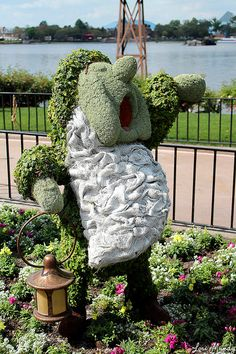 Sleepy Topiary