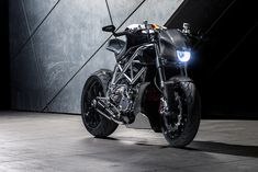 I've been waiting for the right bike and builder for the first motorcycle feature on here, and I couldn't be happier to feature my friend, Gustavo P Motorcycle Companies, Like A Lion, Bike Design, Custom Bikes, Ducati, Taurus, Carbon Fiber, World War, Shark