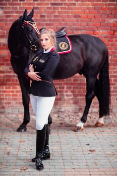 Equestrian Chic, Equestrian Outfits, Riding Helmets, Riding Boots, Pretty Outfits, Cute Outfits, Erin Williams, Rodeo Girls, Boots And Leggings