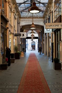 covered passage / shopping arcade (mall), bordeaux, france | travel photography