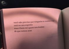 Você é capaz de voar sozinho também Some Quotes, Words Quotes, Best Quotes, Sayings, Love Your Life, Some Words, In My Feelings, Texts, Tattoo Quotes