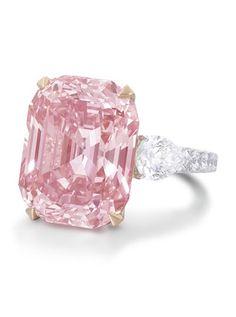 Diamonds stones Hope Diamond Star of the East Taylor Burton Diamond Winston Legacy Diamond diamant Wittelsbach | Vogue English