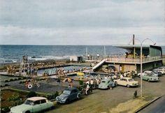 La piscine du Barachois dans les années 60 Venez profitez de la Réunion !! www.airbnb.fr/c/jeremyj1489