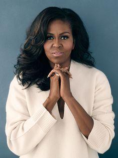 Michelle Obama Fashion, Michelle And Barack Obama, Michelle Obama Hair, Professional Headshots Women, Headshot Poses, Business Portrait, Foto Pose, Photoshoot Inspiration, Madame