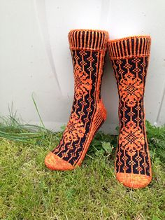 09.11.14 This pattern is now updated with an English versoin as well.
